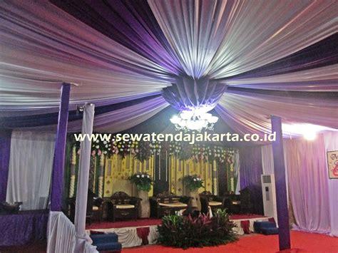 dekorasi pernikahan  warna ungu sewa alat pesta
