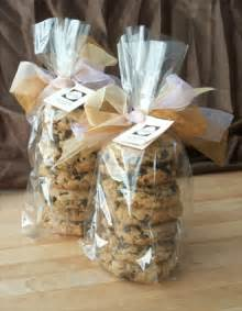 wedding cookie favors ask cynthia wedding inspirations cookie favors