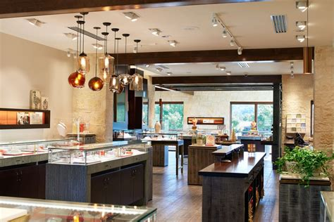 retail store  visitors center  james avery