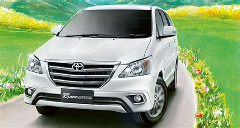 Wuling Cortez Backgrounds by Facelifted Toyota Innova 2013 Price In India To Start At