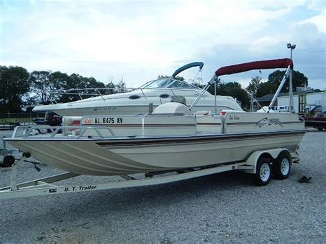 Pics Of Seaark Boats by The Gallery For Gt Pontoon Bass Boats