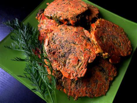 cuisiner fanes de carottes pancakes aux carottes fanes fleanette 39 s kitchen