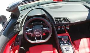 Audi R8 Spyder Satisfies the Eyes and Ears – WHEELS.ca