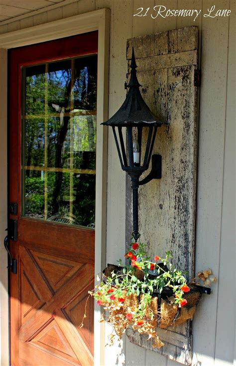 20 rustic ideas for farmhouse wall art. Gorgeous Rustic Farmhouse Porch Design Ideas   Porch wall decor, Front porch decorating