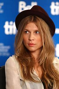 """Clemence Poesy Pictures - """"127 Hours"""" Press Conference ..."""