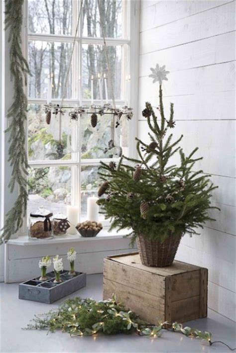 inspiring scandinavian christmas decorating ideas digsdigs
