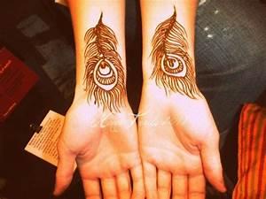 Peacock feather henna | Henna designs | Pinterest
