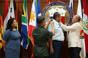 Tugade now an Air Force reserve lieutenant colonel ...