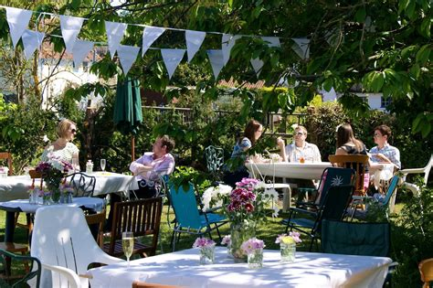 your wedding support get the look garden party themed wedding