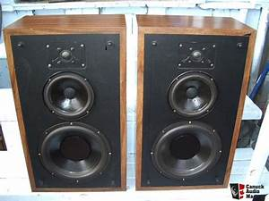 Polk Audio Mdl 7b 3 Way Floor Standing Speakers Photo