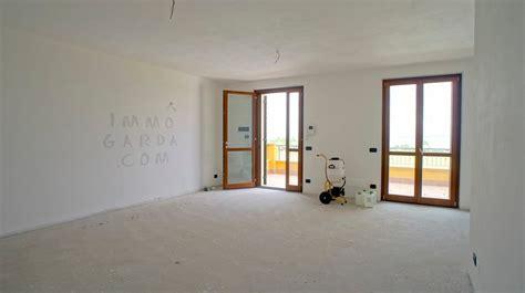 appartamenti in affitto lazise appartamenti in vendita a lazise lago di garda immogarda