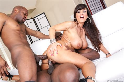 Milf Lisa Ann Gets Fucked By A Big Black Cock At Milfs Deluxe
