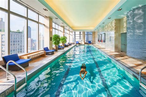 nyc hotels  swimming pools