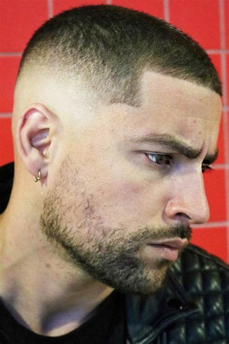 Bald fade haircut is a simple style which will make you perfect for the party in 2021, performance or a casual weekend you may have. A Complete Guide To Short Haircuts For Men | MensHaircuts.com