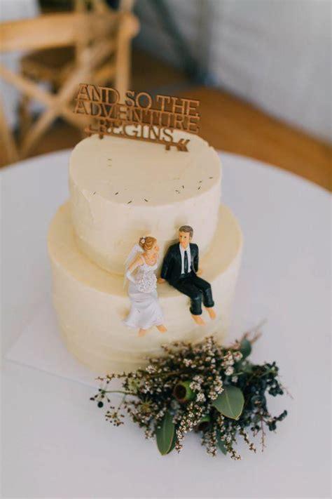 ivory simple wedding cake  cute laser cut wedding cake