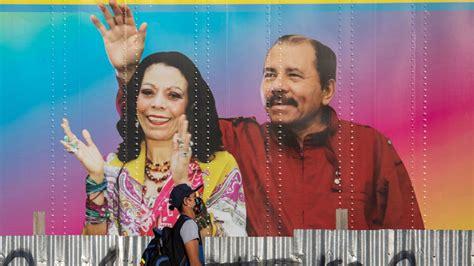 Ortega apgalvo panākumus. Iedzīvotāji meklē patiesu ...