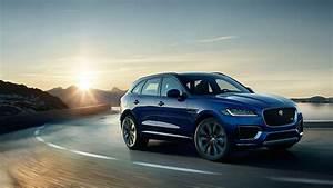Jaguar F Pace Prix Ttc : jaguar f pace features and benefits youtube ~ Medecine-chirurgie-esthetiques.com Avis de Voitures