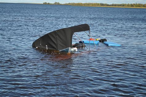 Walleye Boat Hull For Sale by Walleye Boat Sinks In Chilly Lake The Hull