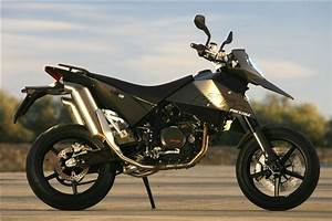 First Ride  2007 Ktm 690 Supermoto