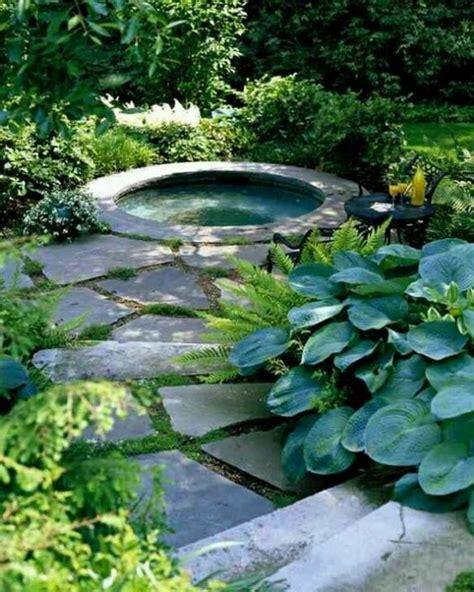 Whirlpool Garten Rund by Gartenteich Bilder Kreative Gartenideen Teich Rund
