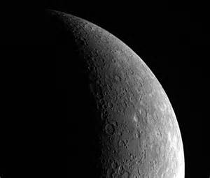 Mercury's diameter is 3,030 miles , about the same size a ...