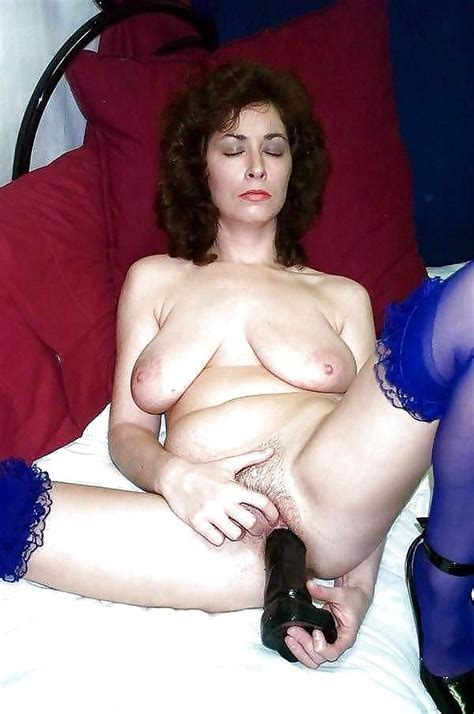 Milfs Gilfs Matures And Wives 94 Pics Xhamster