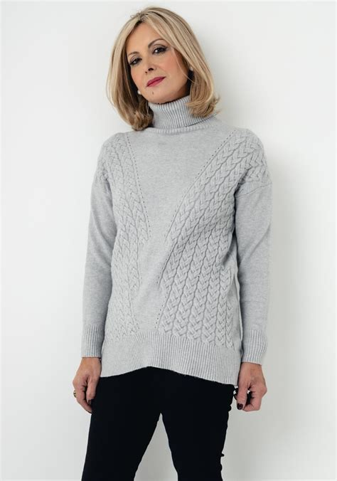 deck  decollage cable knit  size jumper grey