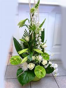composition florale mariage idees accueil design et mobilier With chambre bébé design avec composition de fleurs originales