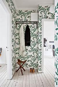 Tendance Papier Peint Couloir : room of the week a whimsical wallpapered hallway entr e et couloir maison et appartement ~ Melissatoandfro.com Idées de Décoration