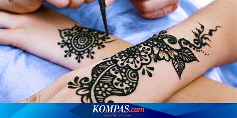 Biasanya ketika pernikahan, calon pengantin akan mengukir dan. Cara Membuat Inai Di Tangan Simple - gambar henna tangan simple dan bagus