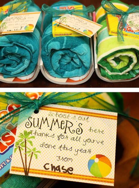 25 best ideas about kindergarten gifts on 998 | 01bd8748b4b8d98da172643604f92f6d teacher gifts end of year kindergarten teacher end of the year gifts