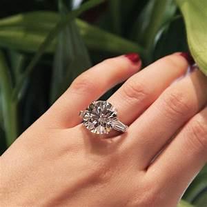 2047 carat emerald cut diamond arris ring sotheby39s With biggest diamond wedding ring