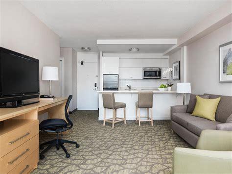 bedroom suite  balcony  toronto chelsea hotel
