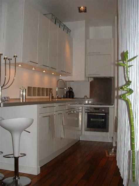 cuisine appartement cuisine mobalpa dans un petit appartement esprit loft