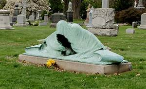 Azrael, Angel of Death statue at Green-Wood Cemetery in ...