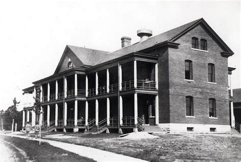 Fort Roots Building 37; 1908 - Encyclopedia of Arkansas