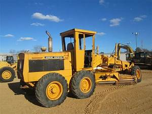 John Deere 670 Motor Grader  S  N 05958t  12 U0026 39  Moldboard