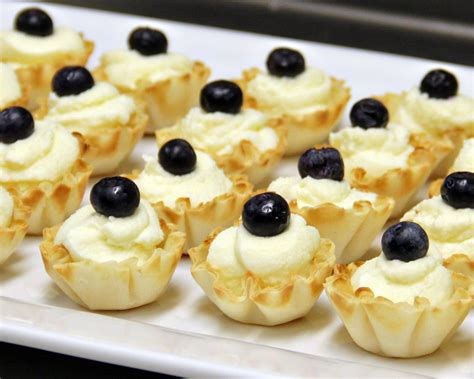 Find healthy, delicious phyllo dough recipes. White Chocolate Mousse in Phyllo Cups ~ A quick and easy dessert. | Sweet Southern Blue