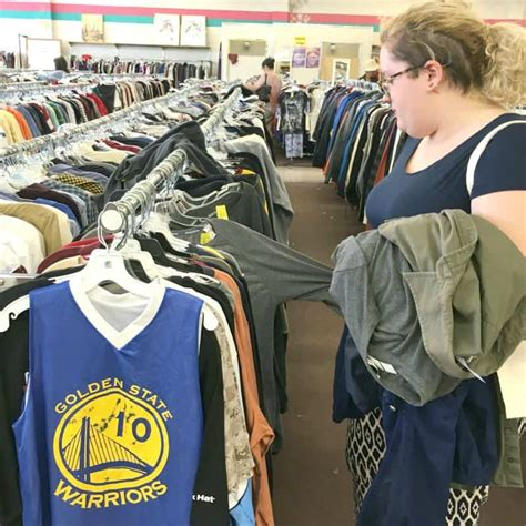 tips  buying thrift store clothes   save