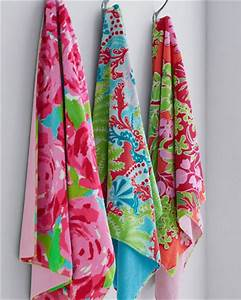 Lilly pulitzer sister florals bath towel contemporary for Kitchen colors with white cabinets with lilly pulitzer wall art