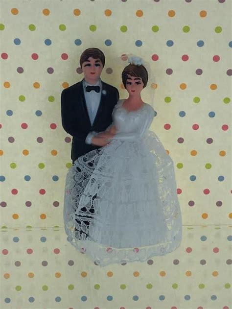 vintage retro bride groom cake topper traditional