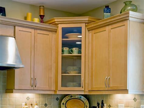 corner kitchen cabinets pictures options tips ideas