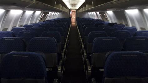 american airlines cabin  boeing    interior