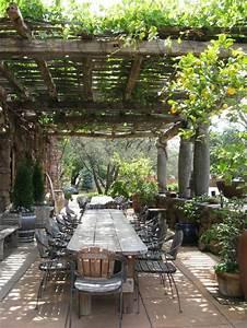 Terrasse dekoration mit saulen jardin rustique for Terrasse dekoration