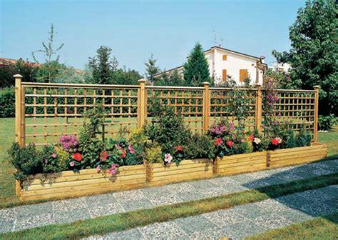 fioriere in legno con grigliato fioriere grigliati su misura e lavori speciali in legno