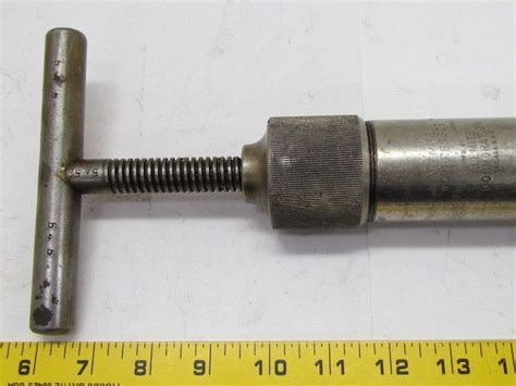 Alemite Screw Type Compressor Grease Gun 3/4-24 Thread On Tip
