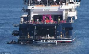 Microsoft39s Paul Allen Throws Giant Party Aboard His Yacht