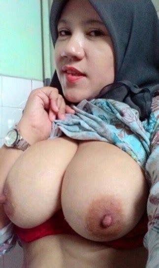 Koleksi Foto Hijabers Isap Kontol Gede Μουσουλμανικό σεξ ~ Enjoytits