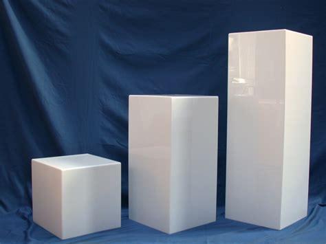 piedistalli per sculture oggettistica in plexiglas idealplex