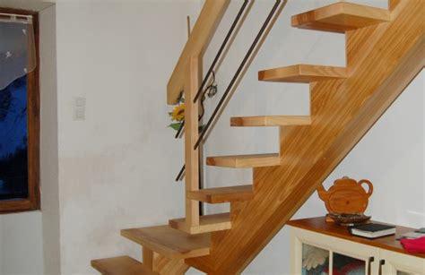Aménagement Bureau Sous Escalier by Cevelle Com Cr 233 Atif Mezzanine Escalier